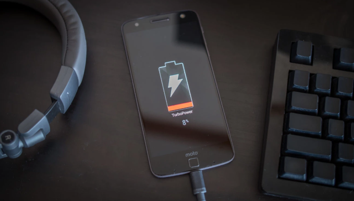 Two Ways to Maximize Your iPhone Battery Life